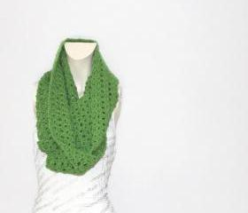 Cowl Scarf // Infinity Scarf in Apple Green